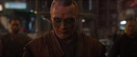 Kaecilius se entera de la derrota de Dormammu