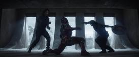 Cap y Bucky VS Tony 2