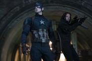 Capitán América y Soldado del Invierno buscan a Zemo