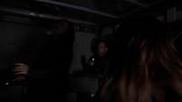 Skye y May son disparadas por Hunter