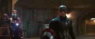 Capitán América y Iron Man viendo a Zemo