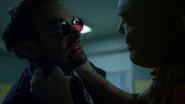 Murdock visita a Fisk en prisión