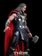 Thor Hot Toy 2
