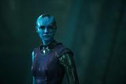 Nebula observa como Gamora toma su lugar