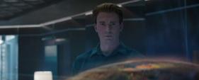 Rogers en el Centro de los Nuevos Vengadores