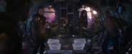 Guardianes confrontan a Thor