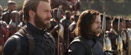 Rogers en Wakanda con aliados