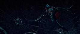 Thor atacando
