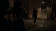 Hill reprende a los agentes del FBI