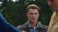 Rogers supervisa el regres de Loki a Asgard