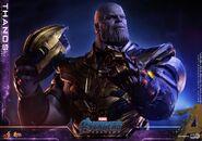 Endgame Thanos Hot Toys 5