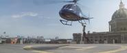 Steve atrapa el helicoptero