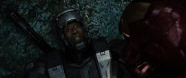 Rhodes sin el casco puesto - Iron Man 2
