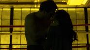 Murdock y Elektra teniendo relaciones sexuales