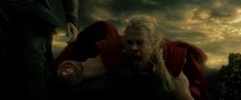 Thor ilusión sobre su corte de la mano