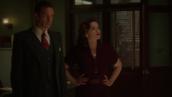 Edwin Jarvis & Peggy Carter - SSR (2x10).png