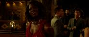 Okoye es descubierta en el casino