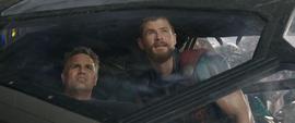 Thor y Banner en Sakaar
