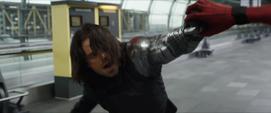 Soldado del Invierno enfrenta al Hombre Araña