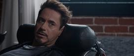 Stark viendo a Banner