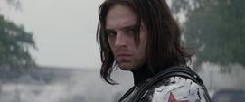 Soldado del Invierno muestra su rostro