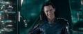 Loki traiciona a Thor en el edificio del Gran Maestro