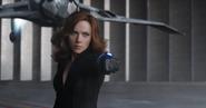 Natasha amenaza a la Pantera Negra