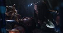 Mantis despierta a Thor