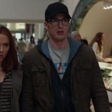 Steve y Natasha disfrazados.png