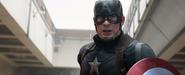 Capitán América viendo a Pantera Negra
