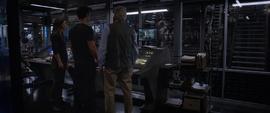 Scott, Hope y Pym viendo el tunel cuantico - AAW