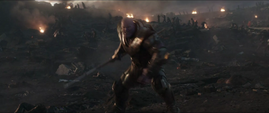 Thanos busca el Nano Guantelete