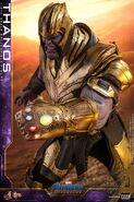 Endgame Thanos Hot Toys 9
