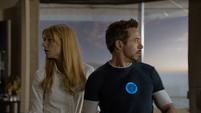 Stark y Potts descubren helicópteros del Mandarín