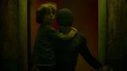 Murdock salva al niño
