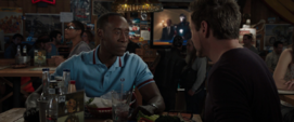 Rhodes habla con Tony