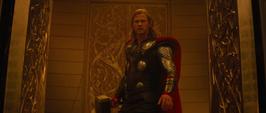 Thor regresa a Asgard