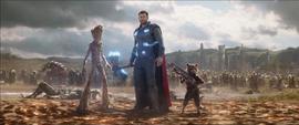 Thor Groot y Rocket en Wakanda