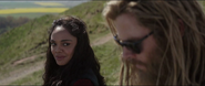 Brunnhilde encuentra a Thor
