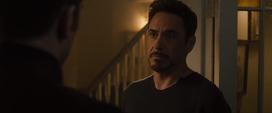 Stark habla con Rogers