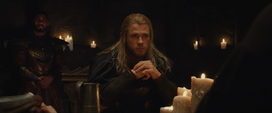 Thor arma un plan con sus aliados