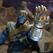 Avengers Endgame Thanos action figure 4
