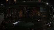 Jarvis Peggy y Stark en el auto