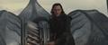 Loki dirige la nave al portal