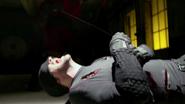 Murdock es casi asesinado por Nobu