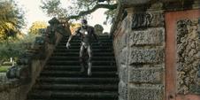Stark escapa de su captura de Killian