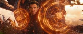 Strange confronta a Thanos