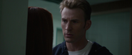 SteveRogers hablando con Natasha