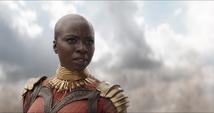 Okoye ve llegar a Wanda