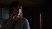 Skye responde la llamada de Ward